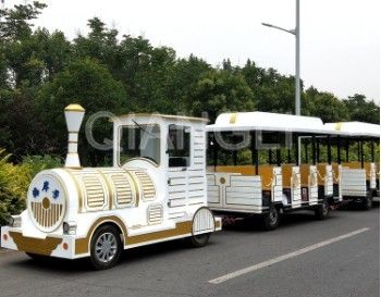 Interesting Carnival Train Ride Antique Models Trackless Kiddie Train For Amusement Parks supplier